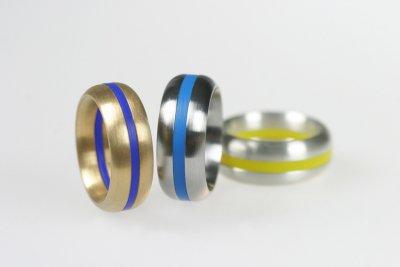 Ringkombinationen in Gold, Edelstahl und Silber (innen gewölbst, außen gerundet) mit Acrylringen