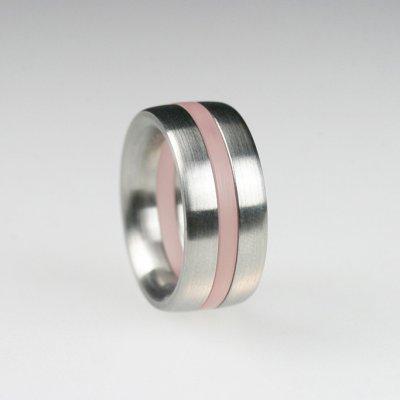 Ringkombination in Edelstahl, innen und außen gewölbt, mit 1 rosa transparentfarbenem Acrylring