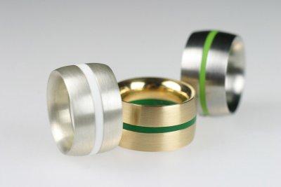 Ringkombinationen in Edelstahl, Silber oder Gold (flach gewölbt) mit Acrylringen