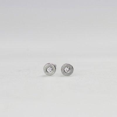Ohrstecker in Edelstahl, 3mm rund, mit kleinen Brillanten