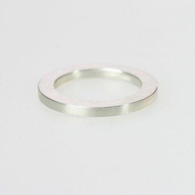 Ring in 925/_ Silber, 2mm breit, mattierte Oberfläche
