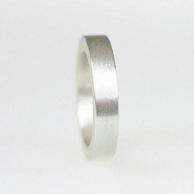 Ring in 925/_ Silber, 4,5mm breit, mattierte Oberfläche